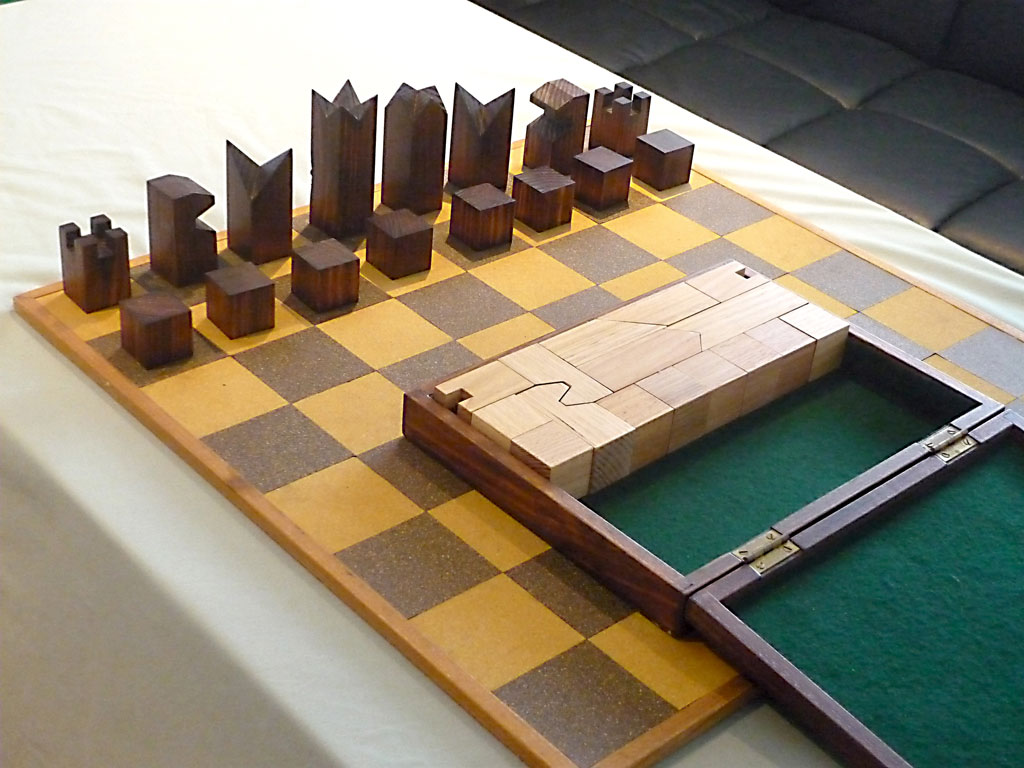 Geometrical Compact Chess Set